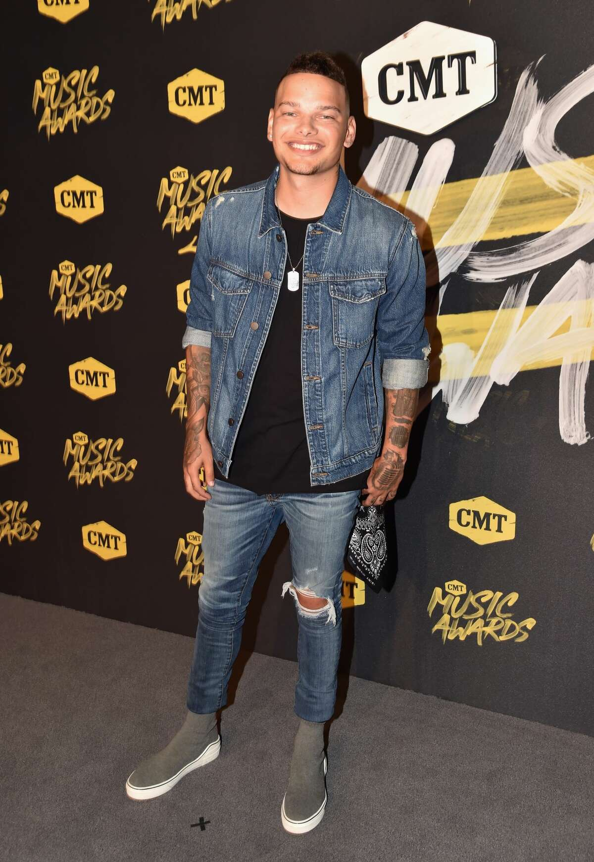Worst: Kane Brown, those capris look like they're from the Limited Too.