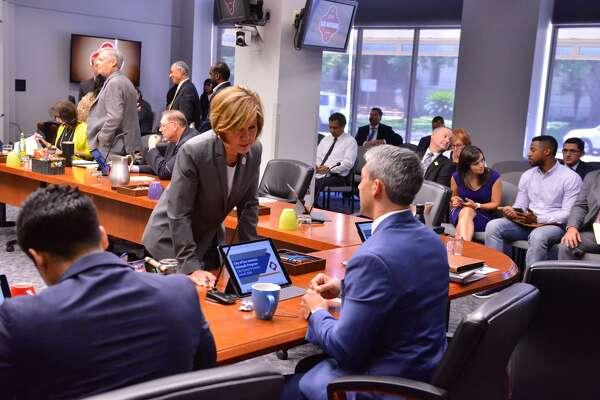 City to move forward with innovation zones - ExpressNews com