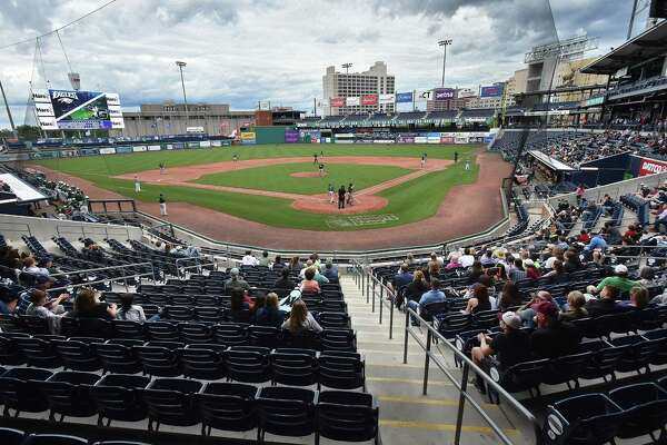 Wethersfield defeats Guilford, 4 - 1,  in the Class L state baseball semifinals, Wednesday, June 6, 2018, at Dunkin Donuts Park in Hartford.