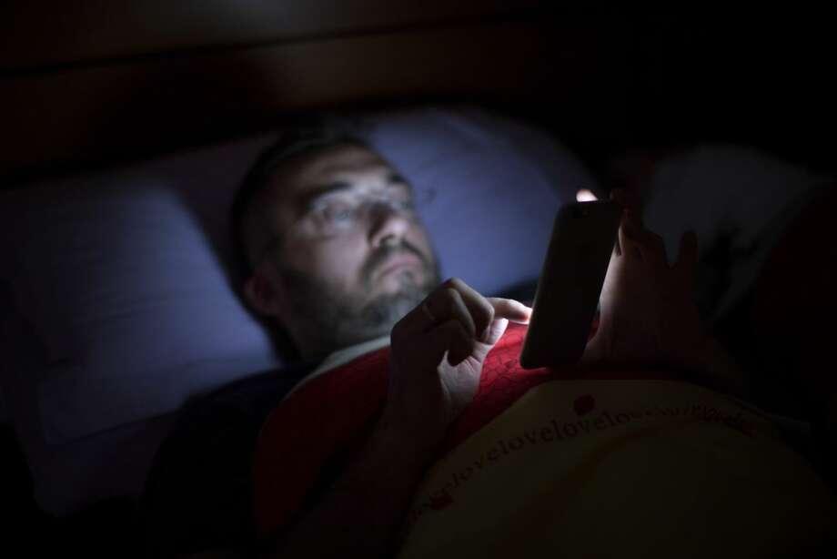 how to break smartphone addiction