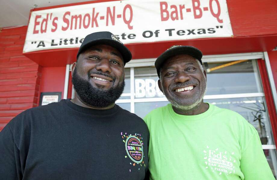 Chris Ashford stands with his father Ed Ashford in front of the elder's restaurant, Ed's Smoke-N-Q. Photo: Tom Reel, Staff / San Antonio Express-News / 2017 SAN ANTONIO EXPRESS-NEWS