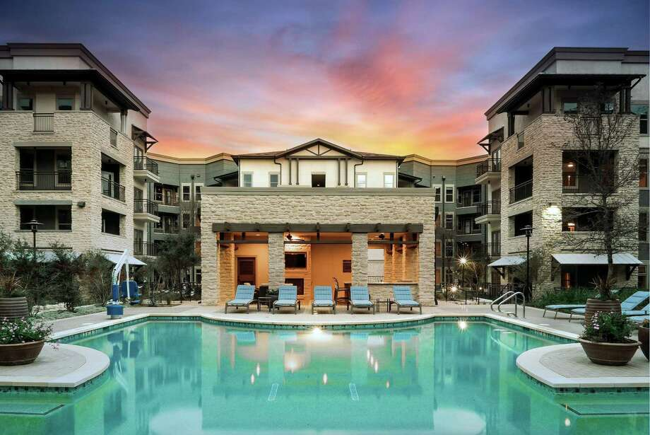 A group of Chinese investors has purchased the $45 million Ridgeline at Rogers Ranch apartment complex on the North Side — the latest of several investments made by foreign groups in San Antonio's booming multifamily market. Photo: Courtesy Of ARA Newmark / FOMAS Cine