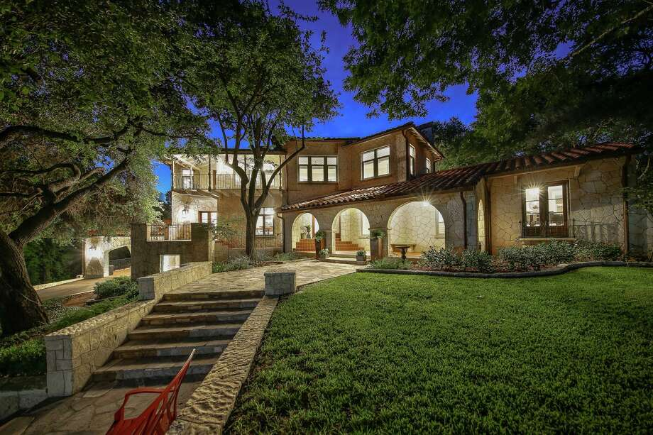 A 6,600-square-foot home in Olmos Park is on the market for $3 million. Photo: Courtesy Of Jason Glast Luxury Real Estate