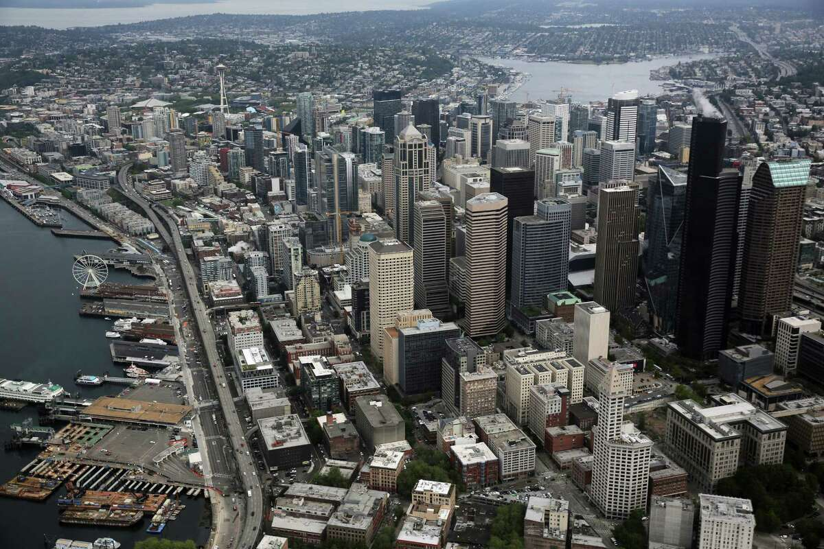 CAN YOU AFFORD TO LIVE IN THESE SEATTLE NEIGHBORHOODS? All of Seattle Median home sale price: $745,000Monthly mortgage payment: $3,450Annual salary needed: $138,000