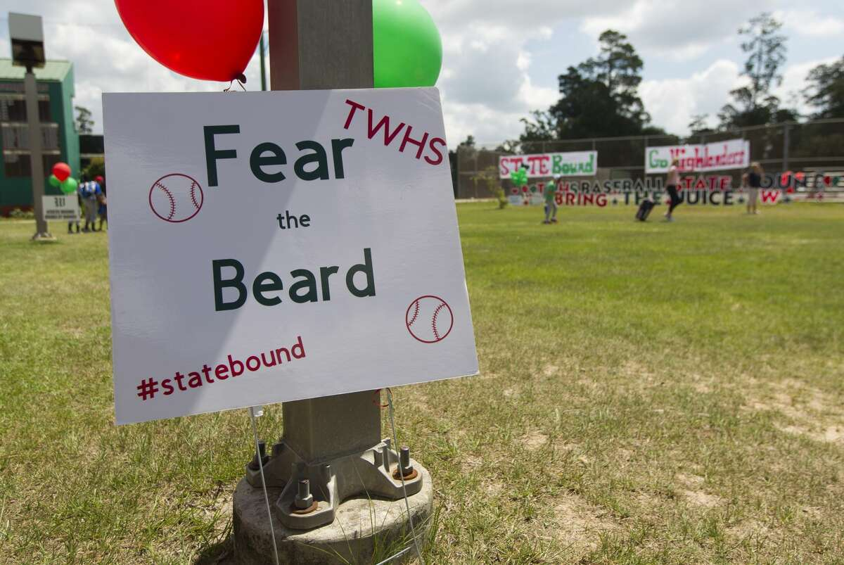 A sign supports pitcher Steven Beard as The Woodlands community gathers to support the Highlanders baseball team as they head to Round Rock for the UIL state baseball tournament on Thursday, June 7, 2018, in The Woodlands.