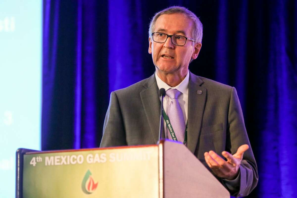 Jarl Peterson, Chief Commercial Officer with the Port of Corpus Christi, speaks about Corpus Christi's infrastructure during the 4th Mexico Gas Summit at Hilton Palacio del Rio on Thursday, June 7, 2018. MARVIN PFEIFFER/mpfeiffer@express-news.net