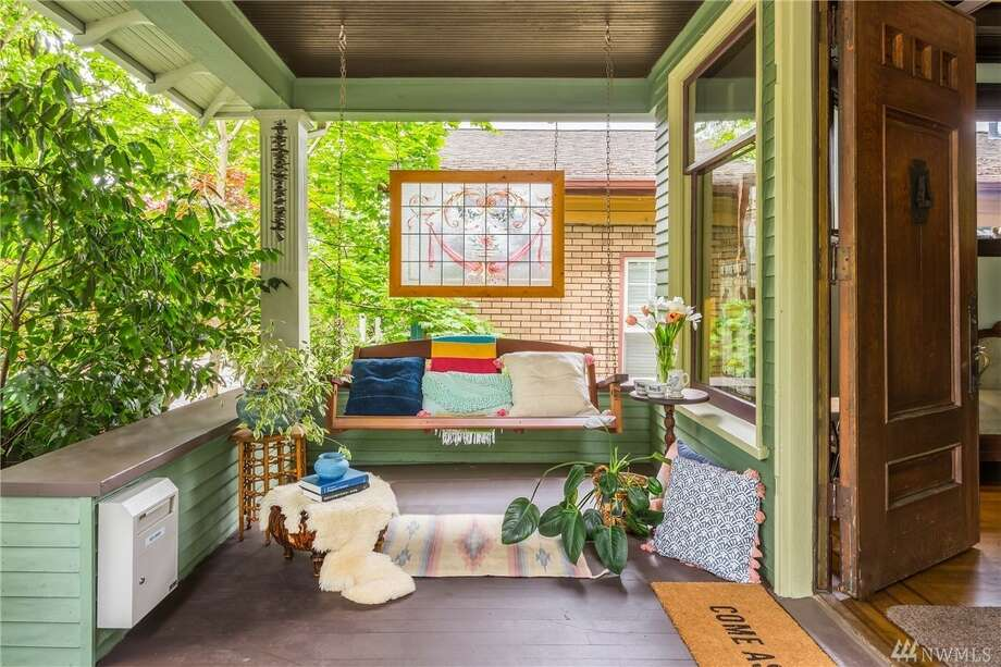 Vintage early 1900s Craftsman has been lovingly preserved in N Capitol Hill Photo:  Cory Holland Via  Dylan Peckenpaugh • Cassie Daughtrey • Realogics Sotheby's Int'l Rlty