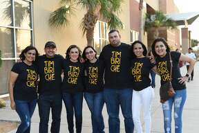 Timbiriche concert goers pose for photos before the show at the Laredo Energy Arena, Thursday, June 07, 2018.