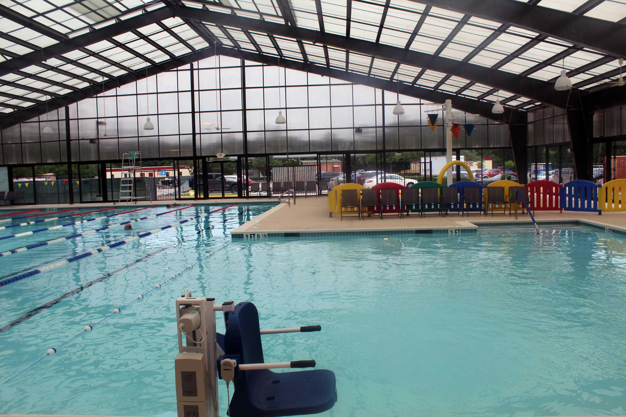 Reopened ymca in kingwood to build second floor by early 2019 houston chronicle for Ymca with swimming pool near me