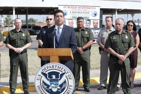 """The Governor of the Mexican state of Tamaulipas, Francisco García Cabeza de Vaca, announces the launching of the binational campaign """"Safety and Prosperity Campaign"""" against organized crime at the border with Texas during a press conference on June 7, 2017 at the Hidalgo, Texas, crossing bridge. He is accompanied by Manuel Padilla Jr., Commander of the Joint Task Force-West group coordinating the U.S. inter-agency participation (6/7/2018)."""