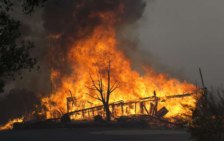 Researchers at UC Davis are asking women who were pregnant during or after the Northern California wildfires in October to participate in a study exploring the effects of the fires on their prenatal and postnatal health. Photo: Rich Pedroncelli / Associated Press 2017