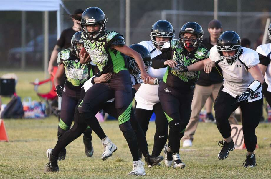 The Laredo Phantasy (2-3) play their last home game of the regular season Saturday night against the four-time defending IWFA champion, San Antonio Texas Legacy (4-0). Photo: Danny Zaragoza /Laredo Morning Times File