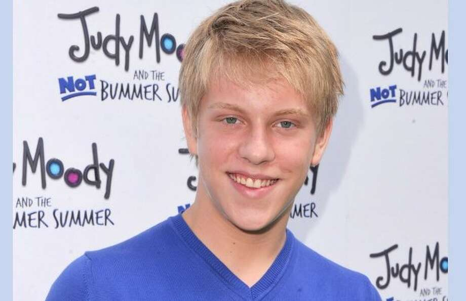 "IN MEMORIAM: Notable deaths of 2018""The Goldbergs"" actor Jackson Odell has died at age 20. He was found unresponsive at a residence on Friday, a Los Angeles County Coroner's Office spokesperson told TheWrap Sunday.>>>See the other famous faces lost in 2018 ..."