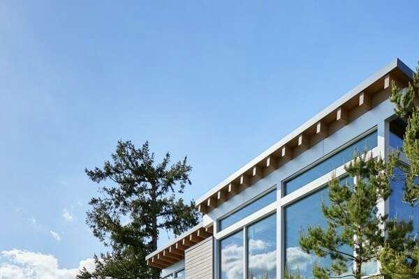 Masterpiece of modernity on Mercer Island: $4.5 million
