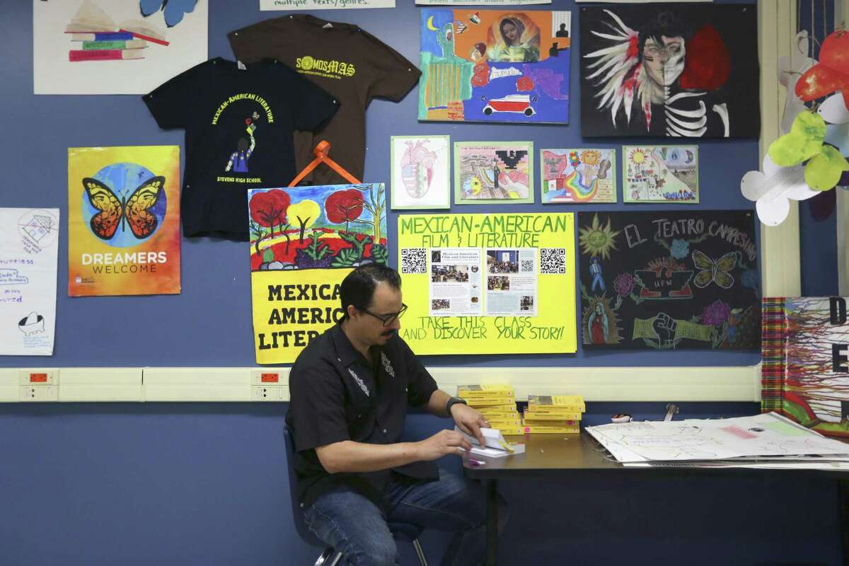 Andres Lopez's Mexican-American literature course at Stevens High is the only one of its type in San Antonio high schools.
