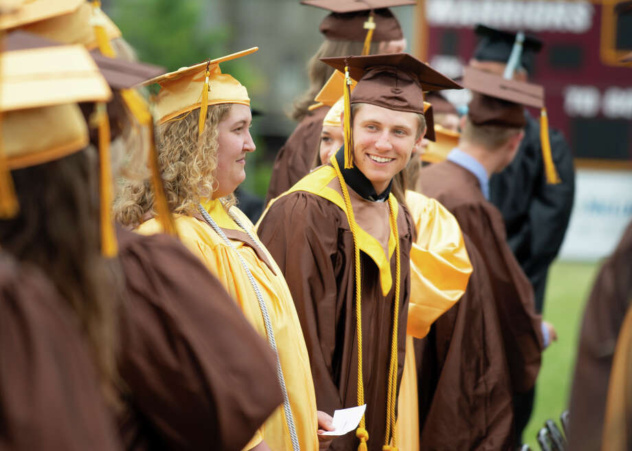 Scenes from Bay City Western High School Commencement Sunday. (Steven Simpkins | for the Daily News) Photo: Steven Simpkins/Midland Daily Ne, (Steven Simpkins/for The Daily News) / Steven Simpkins