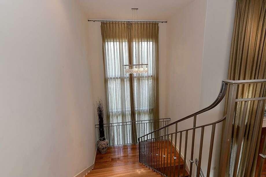 家居 楼梯 起居室 设计 装修 920_613