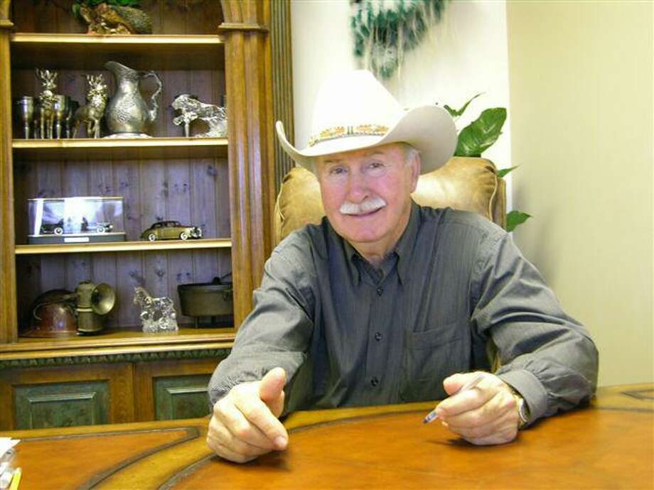 San Antonio real estate tycoon James F. Cotter had a reported net worth of more than $100 million about 13 months before his death last year. Most of his wealth was tied up in real estate and his death triggered defaults on loans on many of the properties. He is seen here in 2007. Photo: Courtesy Photo