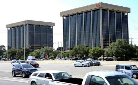A company affiliated with Oregon-based Windmill Investments has acquired Alamo Towers, a two-building office complex at 901 and 909 N.E. Loop 410 in San Antonio. The buildings had been in bankruptcy since 2017.