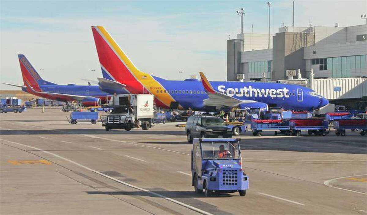 Southwest is offering A-List status to elites at other airlines. (Image: Jim Glab)