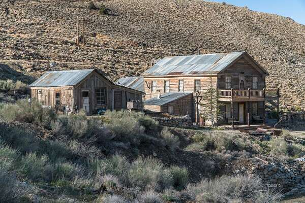 Road Trips You Can Take To California Ghost Towns And Abandoned