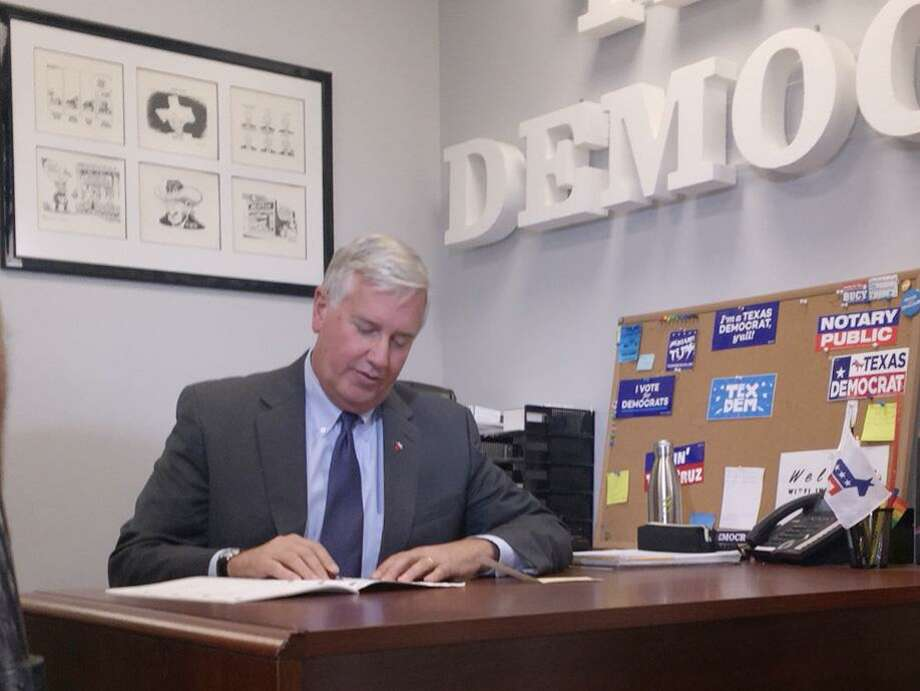 Austin, TX -- TODAY, November 13th, 2017, Mike Collier filed paperwork to seek the Democratic Party nomination for Texas Lt. Governor. Photo: Handout / Handout / Handout