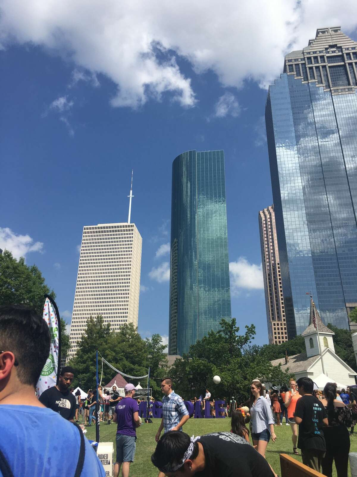 The food truck Mi Patio Cafe & Grill angered Houston's vegan community after it was caught selling meat to patrons at Vegandale Food Drink Festival on June 2 in Sam Houston Park.