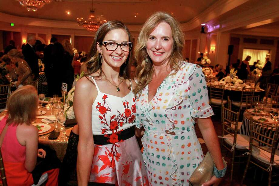 Kate Bialas, left, and Tina Governale at the Leukemia & Lymphoma Society's Man Woman of the Year gala at River Oaks Country Club. Photo: Gary Fountain, For The Chronicle/Gary Fountain / Copyright 2018 Gary Fountain