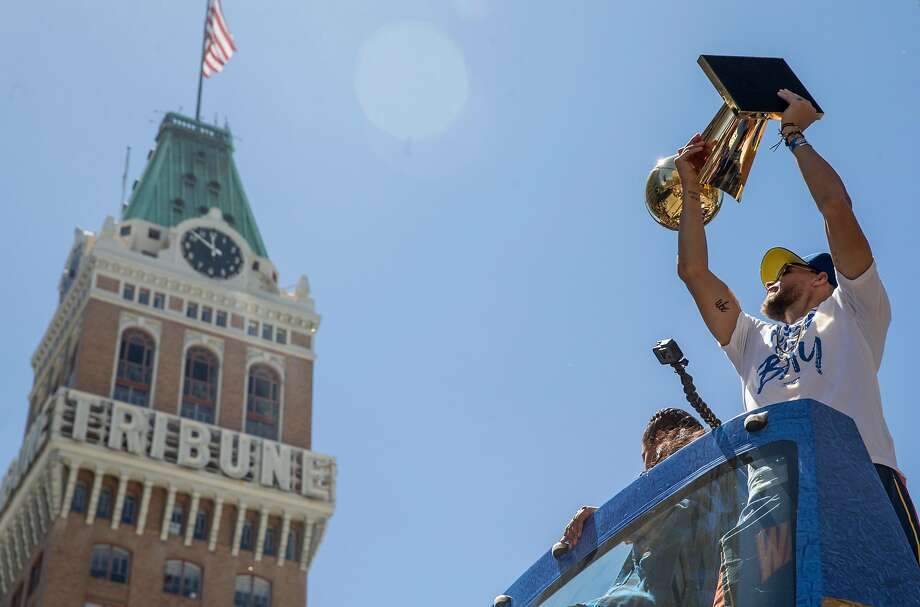 Stephen Curry will be celebrating Oakland at a Fox Theater party on Jan. 4 Photo: Jessica Christian, The Chronicle