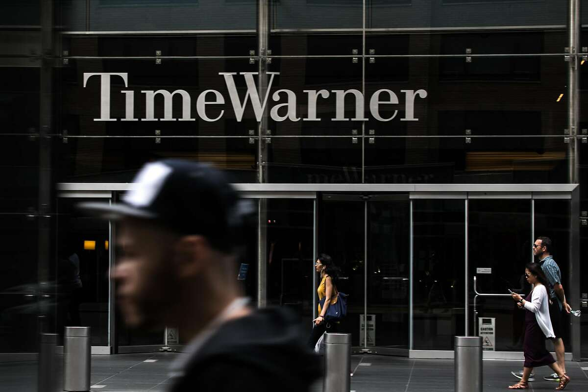 The Time Warner building in New York, June 9, 2018. A federal judge approved the blockbuster merger between AT&T and Time Warner on June 12, rebuffing the government�s effort to block the $85.4 billion deal in a decision that is expected to unleash a wave of takeovers in corporate America. (Jeenah Moon/The New York Times)