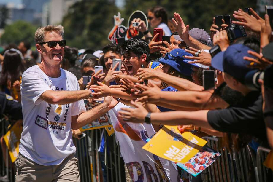 6cf1c03711f Steve Kerr greets the crowd during the Warriors Championship Parade in  Oakland