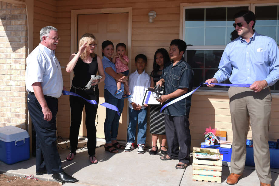 The 150th Habitat for Humanity home was donated to a family June 12, 2018. James Durbin/Reporter-Telegram Photo: James Durbin / ? 2018 Midland Reporter-Telegram. All Rights Reserved.