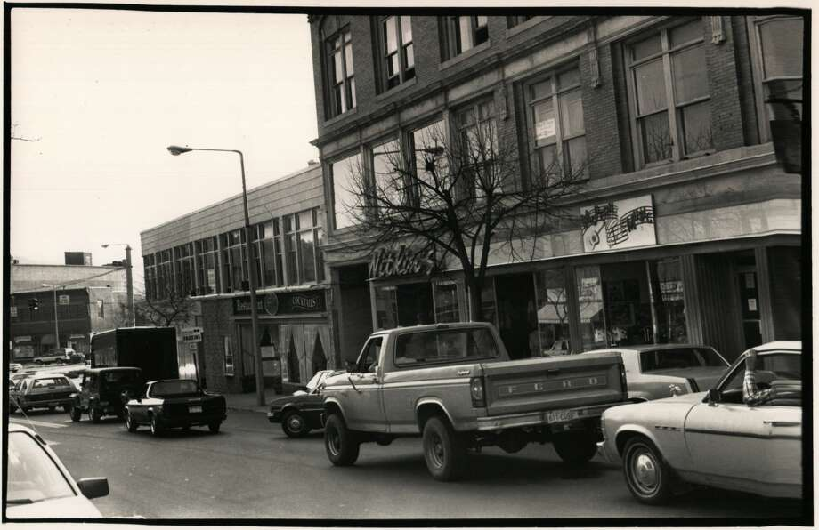 Photos from downtown Torrington from the 1990s from The Register Citizen archives. Photo: Register Citizen Archives