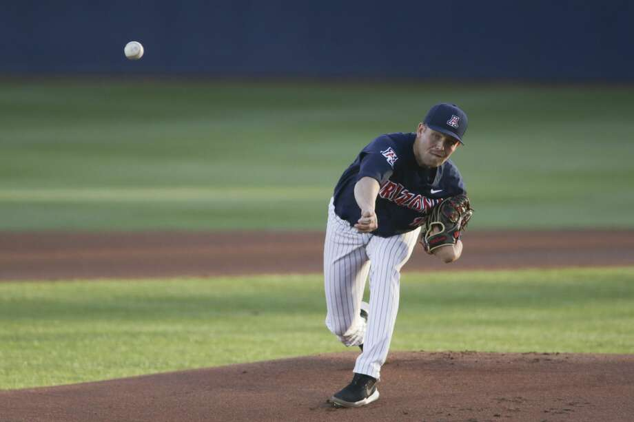 TUCSON, AZ - MARCH 09: Arizona Wildcats pitcher Cody Deason (15) pitches in the first inning during a college baseball game between the North Dakota State Bison and the Arizona Wildcats on March 09, 2018, at Hi Corbett Field in Tucson, AZ. (Photo by Jacob Snow/Icon Sportswire via Getty Images) Photo: Icon Sportswire/Icon Sportswire Via Getty Images