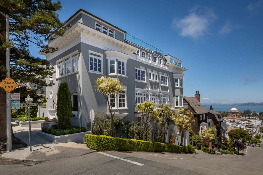 A fully renovated 1912 mansion at 2900 Vallejo St. in San Francisco's Pacific Heights neighborhood is listed for $30 million. Photo: Jacob Elliott
