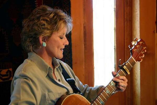 Lacy J. Dalton is a folk/Americana singer who scored more than a dozen country music hits in the 1980s.