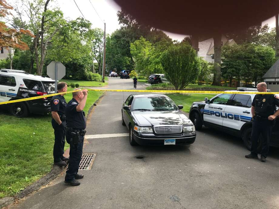 A call for a woman with blood all over her who was not breathing, had police and medics swarming into Stamford's Westover neighborhood on Monday, June 11, 2018. Photo: John Nickerson /Hearst Connecticut Media