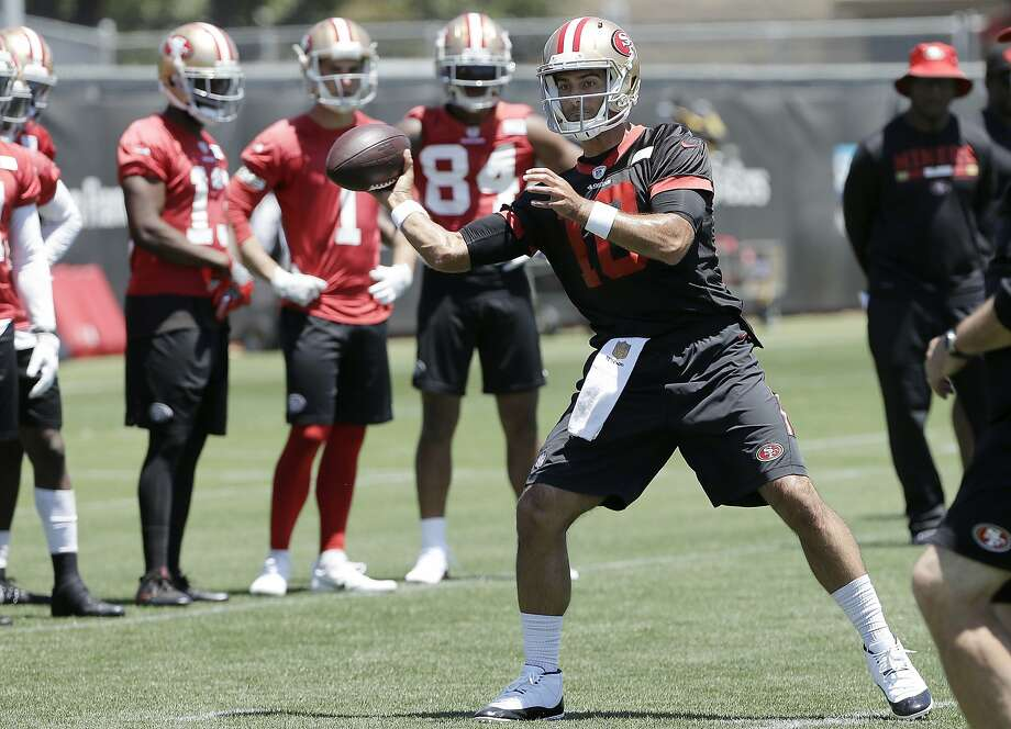 Jimmy Garoppolo has put in extra work with the offense in his first 49ers offseason. Photo: Jeff Chiu / Associated Press