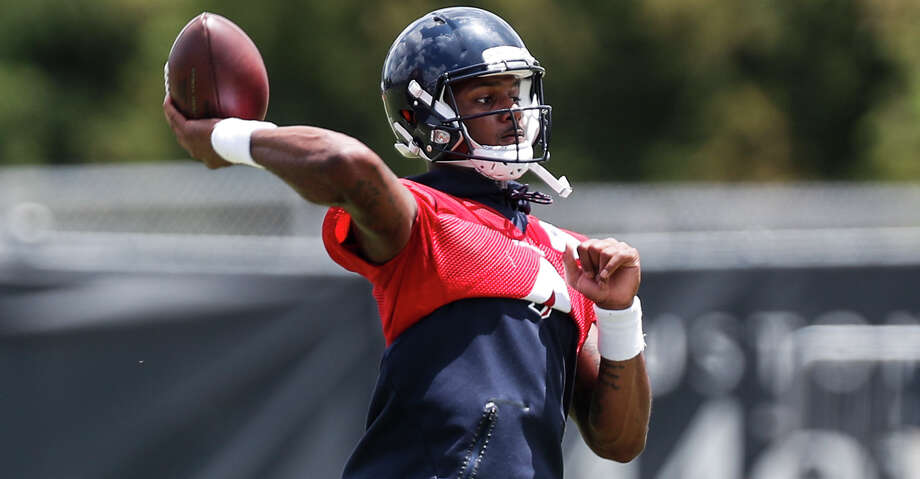 Houston Texans quarterback Deshaun Watson throws a pass during mini camp at The Methodist Training Center on Wednesday, June 13, 2018, in Houston. ( Brett Coomer / Houston Chronicle ) Photo: Brett Coomer/Houston Chronicle / © 2018 Houston Chronicle