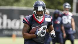 Houston Texans tight end Jordan Akins (88) runs upfield after making a catch during mini camp at The Methodist Training Center on Tuesday, June 12, 2018, in Houston. ( Brett Coomer / Houston Chronicle )