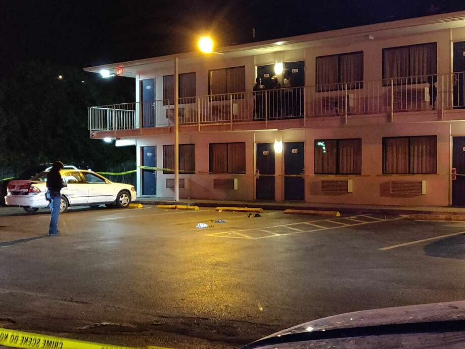 San Antonio police said a man was shot twice in the parking lot of a motel Wednesday, June 13, at 138 N. W.W. White Road. Photo: Jacob Beltran