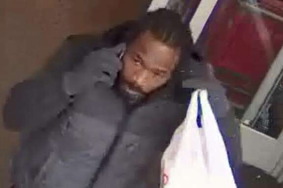Investigators with the Harris County Pct. 5 Constable's Office are searching for a man and a woman who have allegedly burglarized several vehicles across the Houston area over the last few months. The constable's office says the pair used stolen credit cards to make thousands of dollars in purchases and cashed checks. Anyone with information is asked to call 281-463-6666.