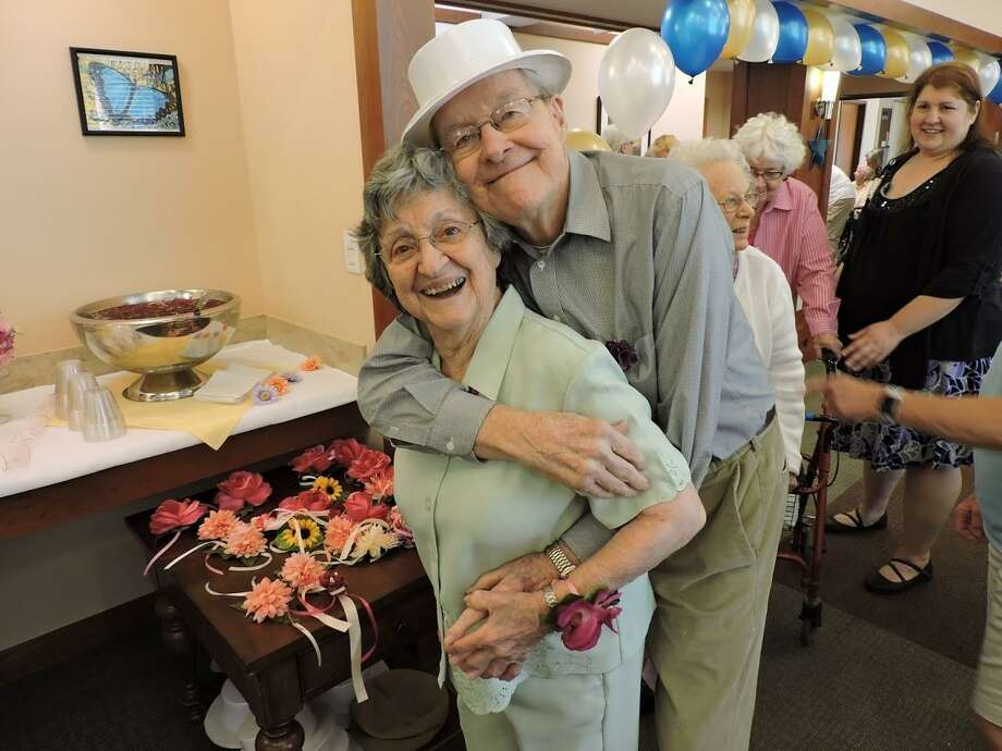 Residents of Pilgrim Manor Care Center at Covenant Village of Cromwell enjoyed a senior prom May 29. Photo: Contributed Photo