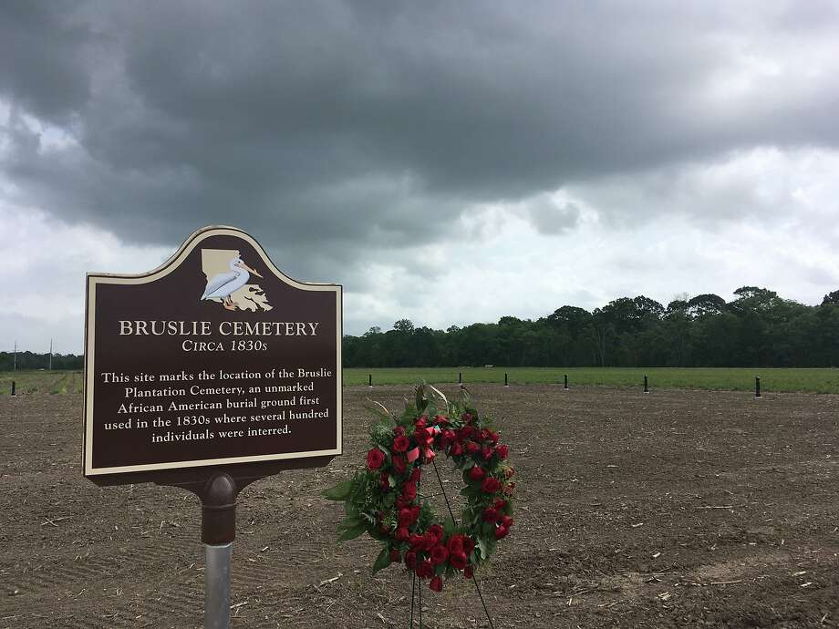 Shell Oil Company has marked and blocked off tracts of its land in the Convent community west of New Orleans where archaeologists confirmed the presence of slave burial grounds. Photo: Kevin McGill / Associated Press