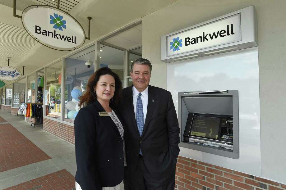 Shanelle King, vice president and marketing manager for Bankwell and David Dineen, executive Vice President and head of community banking for Bankwell, are photographed on June 8, 2018 outside the bank's new branch at 1095 High Ridge Road in Stamford, Conn. Photo: Matthew Brown / Hearst Connecticut Media / Stamford Advocate