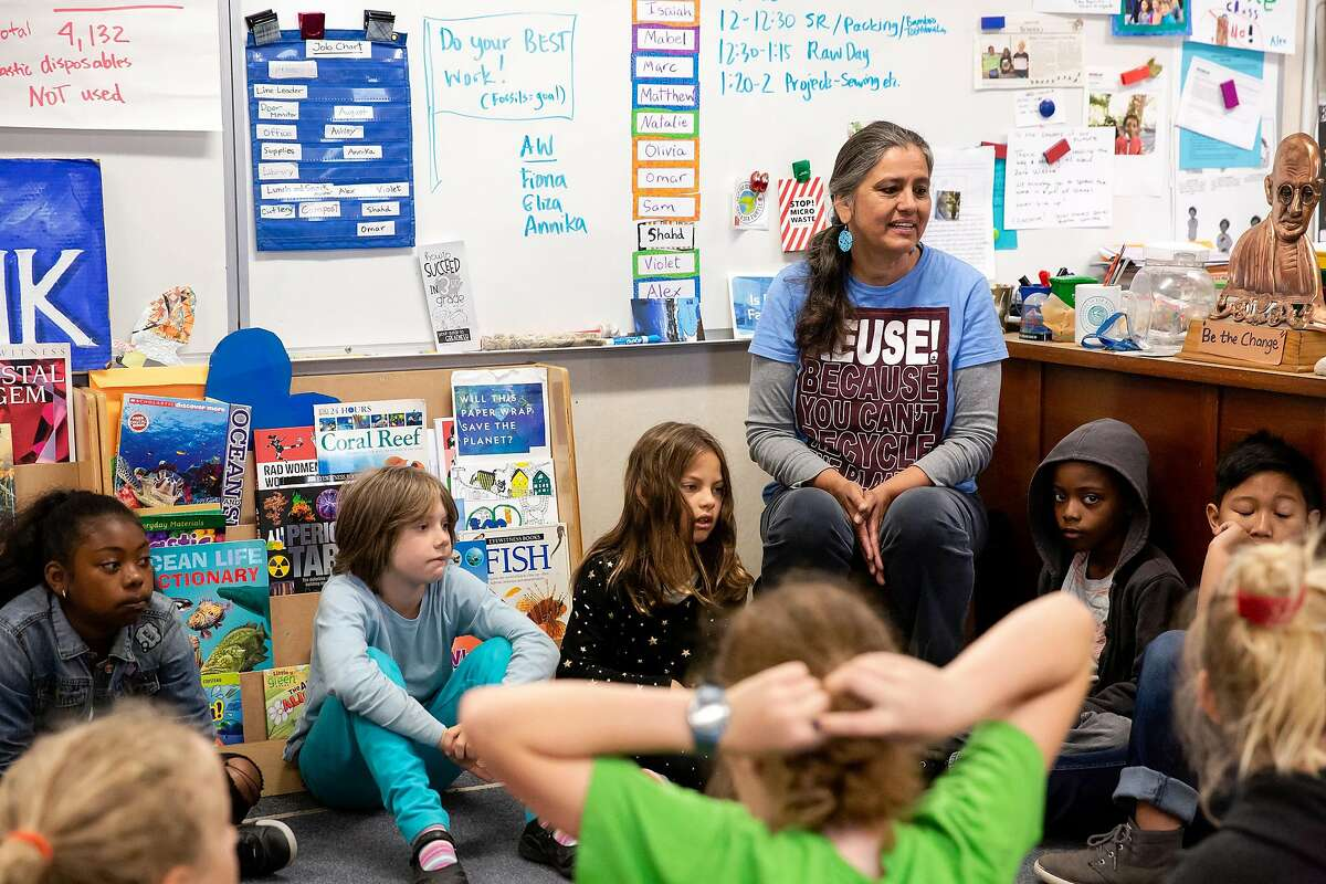 Jackie Omania talks with her 3rd grade classroom about the previous night's school board meeting concerning Berkeley School District's possible sustainability plan at Oxford Elementary School in Berkeley, Calif. on Thursday, June 14, 2018. Jackie Omania and her students have turned their classroom into a zero-waste classroom, reducing their entire school year's supply of trash to one Mason jar.