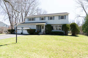 House of the Week: 4027 Buckingham Drive, Schenectady   Realtor:   Johanna Clarke with Venture Realty Partners    Discuss:  Talk about this house