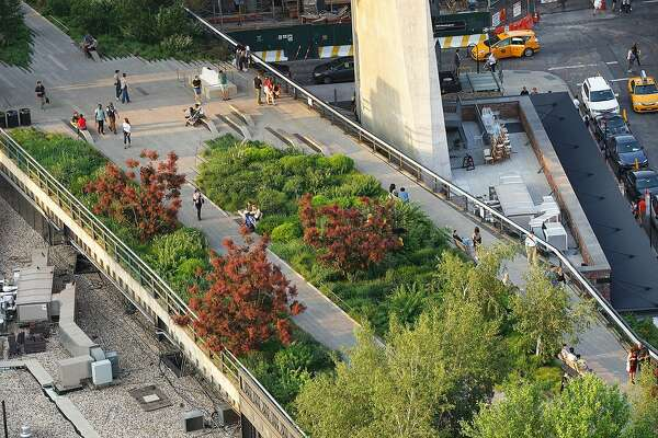 Manhattan S High Line Park Offers Lessons For Sf Greenbelts