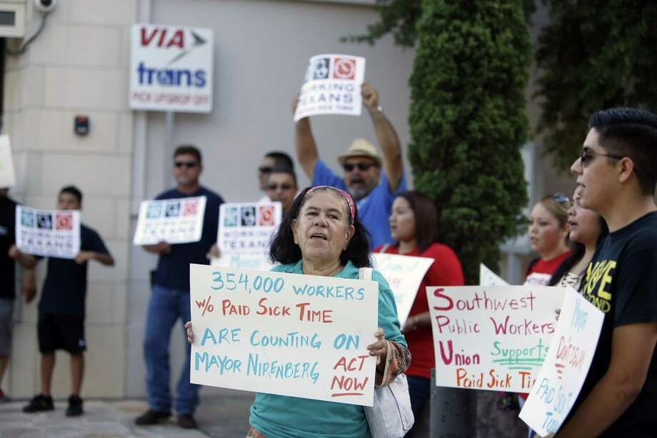 Big-dollar backers are behind the local drive for mandatory paid sick leave, which could result in fewer hours for workers and higher costs for employers. Photo: Ronald Cortes /For The San Antonio Express-News / 2018 Ronald Cortes
