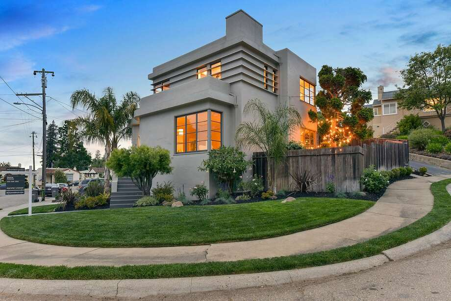 Photo: Open Homes Photography & Art Deco home built in 1938 open Sunday in Oakland - SFGate